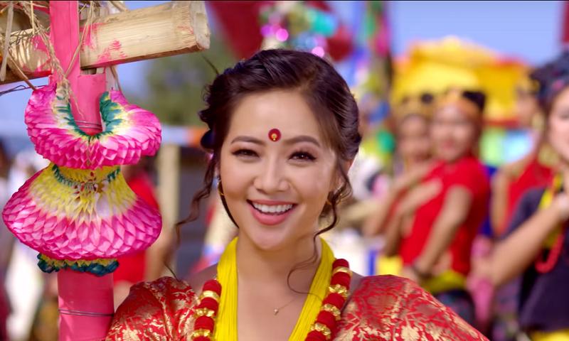 यस्तो बन्यो 'साइनो' फिल्मको धमाकेदार गीत 'मायालुलाई जात्रैमा भेटियो' (भिडियो)