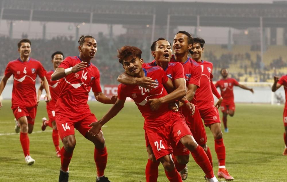 थ्री नेसन्स कप फाइनलको पहिलो हाफ : बंगलादेशविरुद्ध नेपाललाई २–० को अग्रता